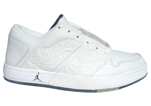 nu-retro-air-jordan-1-low-white-1